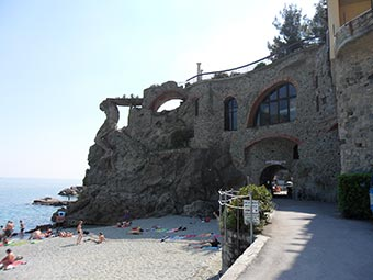 The Giant or Neptune, Monterosso, Cinque Terre